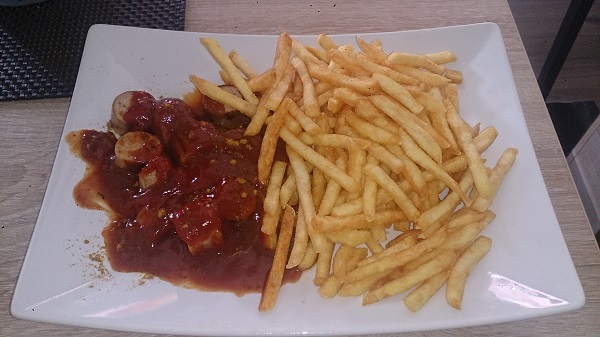 currywurst pommes tinas imbiss